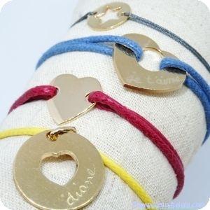 Les bracelets gravés