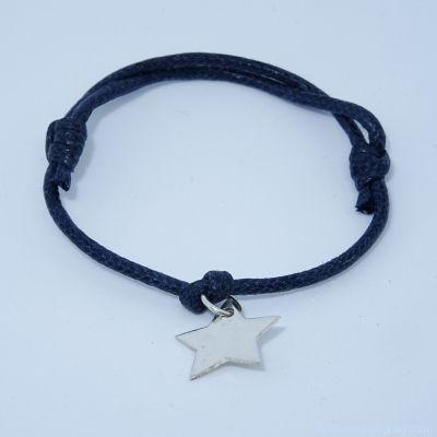 Bracelet personnalisé : L'étoile en argent avec bélière