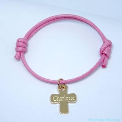 Bracelet personnalisé petite croix en plaqué or