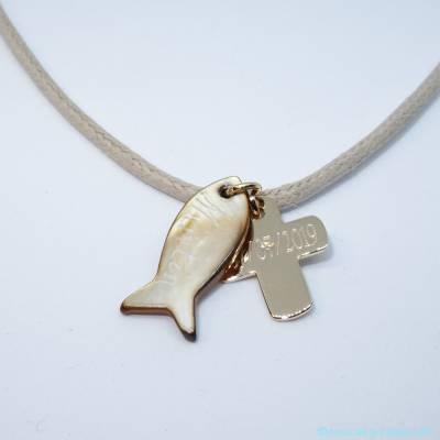 Pendentif personnalisé poisson et croix plaqué or sur cordon de coton ciré