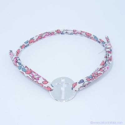 Bracelet personnalisé en Liberty,  croix sur pastille en argent