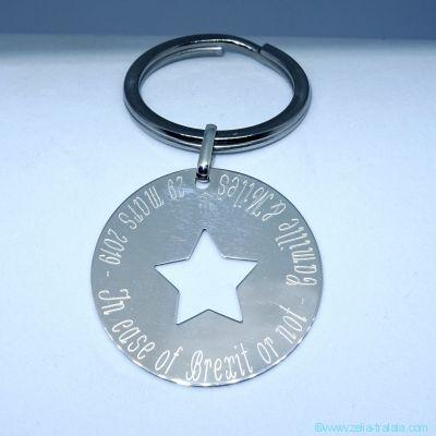 Le porte-clés personnalisé grande médaille évidée étoile