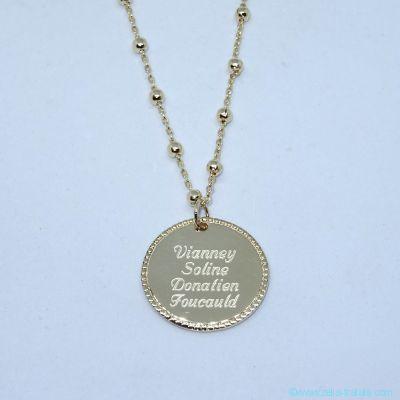 Pendentif médaille perlée sur chaîne forçat/boules, en plaqué or