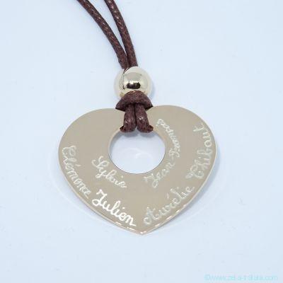 Pendentifs personnalisés : le grand cœur plaqué or avec perle