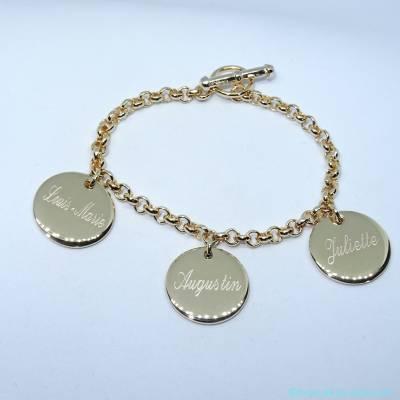 Bracelet personnalisé plaqué or trois breloques