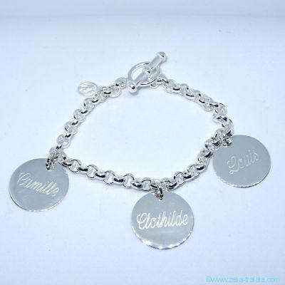 Bracelet personnalisé en argent trois breloques
