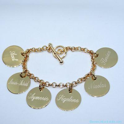 Bracelet personnalisé plaqué or six breloques