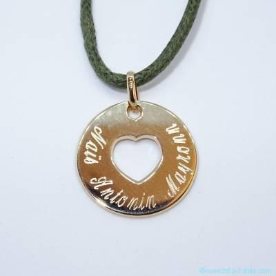 Pendentifs personnalisés :  La petite médaille cœur évidé, plaqué or