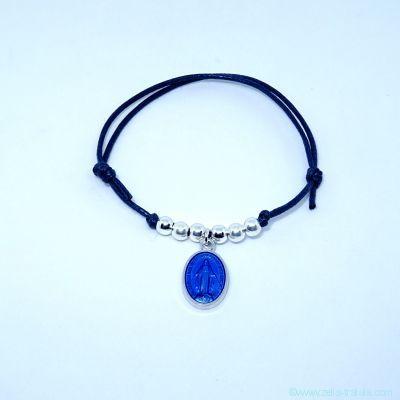 Bracelet perles en argent et petite médaille miraculeuse bleu foncé