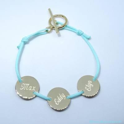 Le bracelet personnalisé petites pastilles en plaqué or sur cordon