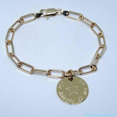 Bracelet maille large une breloque, en plaqué or