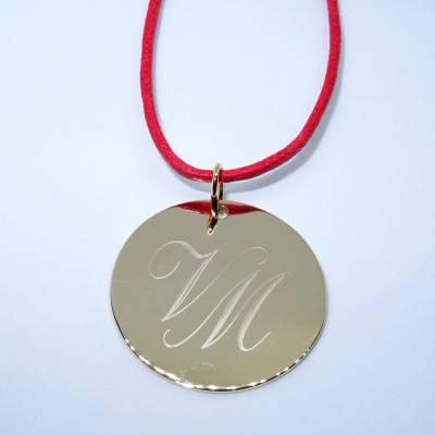 Pendentif personnalisé : La médaille plate en plaqué or